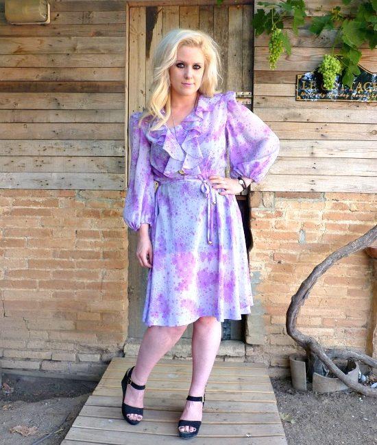 70s vintage floral dress, lilac and purple floral detail 1