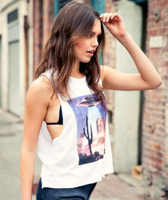 ufo t shirt 2