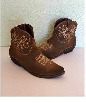 Vintage Shoes & Boots
