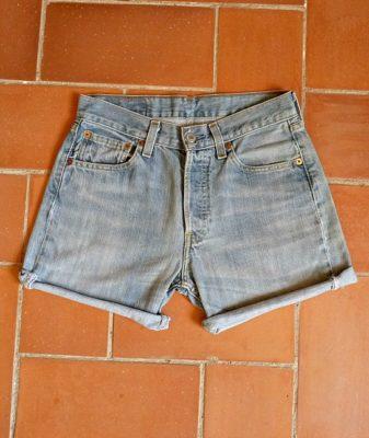 levis high waisted denim shorts 501 2