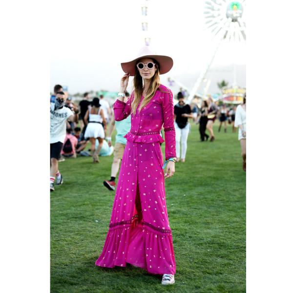 Coachella-Street-Style-2016-Pink-Dress-600x600