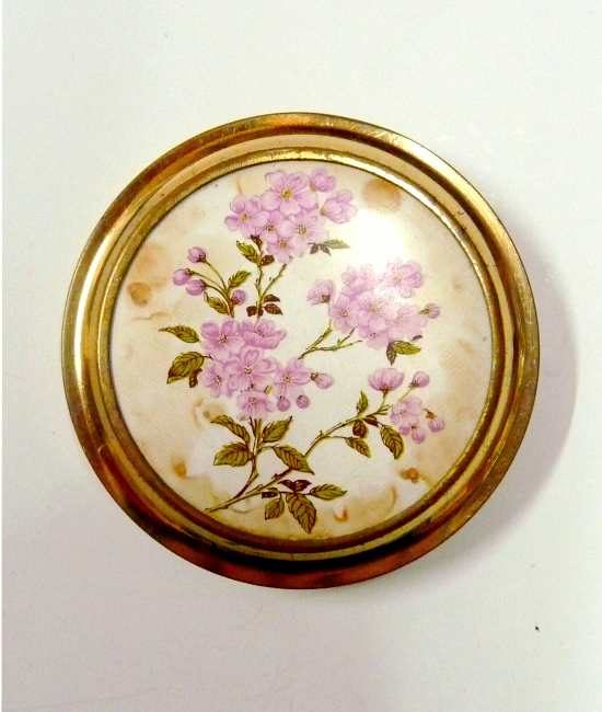 50s vintage compact, pink flowers 1