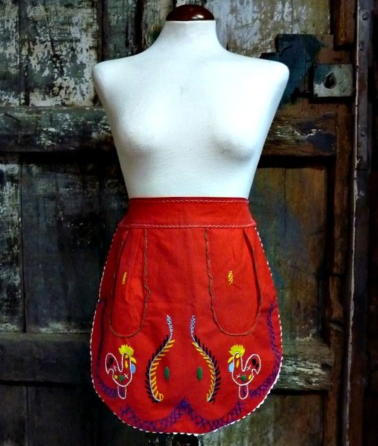 50s vintage embroidered apron 1