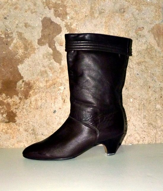 70s vintage brown leather ankle boots 1
