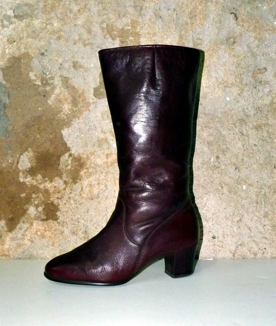 70s vintage burgundy leather fur lined boots 1
