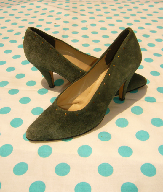 80s suede studded blue grey stilettoes 11