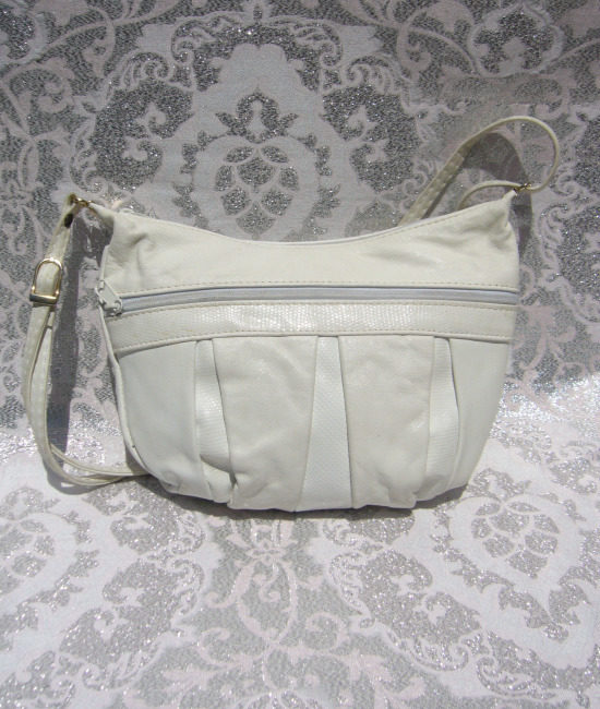 80s white snakeskin trim handbag 1