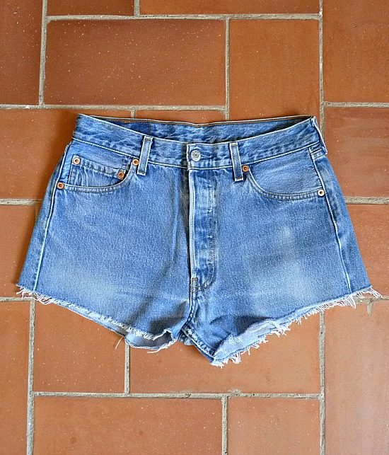 levis high waisted denim shorts 501 3